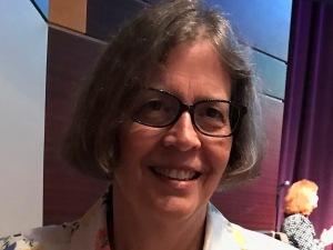 Linda Jenkins, 2019 Outstanding Advisor of the Year Business & Technology